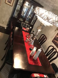 brown dining room set Vaughan, L6A 2A3