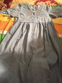 Clothes $10 size large Burnaby, V5E 3G8