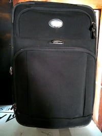 Black suit case/needs cleaned a little. $20 Oklahoma City, 73108