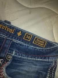 Rock revival jeans,  3133 km