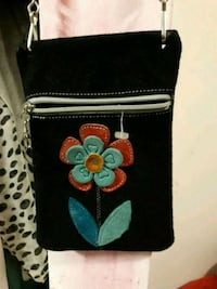 black and white floral leather wristlet Vancouver, V5T