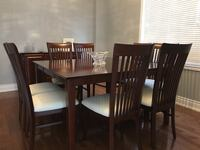 Dining Room / Kitchen Table and Chairs Vaughan, L4H 2R5