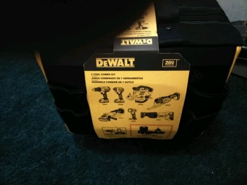 new DeWalt 7 combo tool kit with two 20-volt lithium ion batteries fc57fd37-2ded-476d-a496-ff9031256ec9