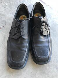 Men's dress shoes size 10 Calgary, T2Z 4M1