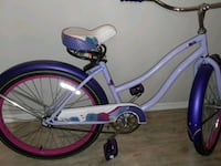 white and purple cruiser bike Baton Rouge, 70816