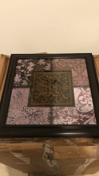 2 decorative frames $10 each one or 20 for both  Toronto, M9P 3T4