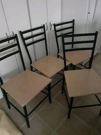 4 black metal chairs  Zephyr, L0E 1T0