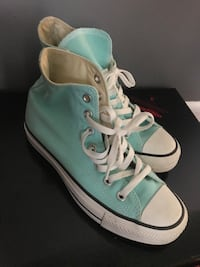 Pair of teal converse all-star high tops Independence, 64056