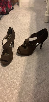 Pair of brown open toe ankle strap pumps Stafford, 22554