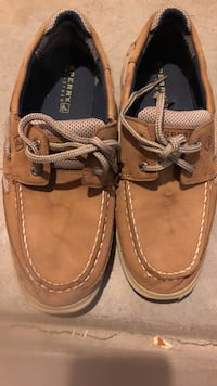 Boys size 7m sperry shoes