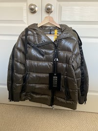 Moncler liriope limited edition women's down coat size 0 small medium  Markham, L6C