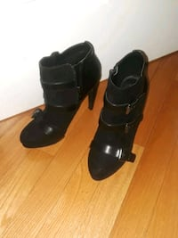 pair of black leather open-toe heeled sandals Silver Spring, 20902