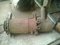 brown and gray air compressor 3690 km