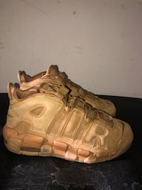 Nike Air more uptempo size 7y Baltimore, 21220