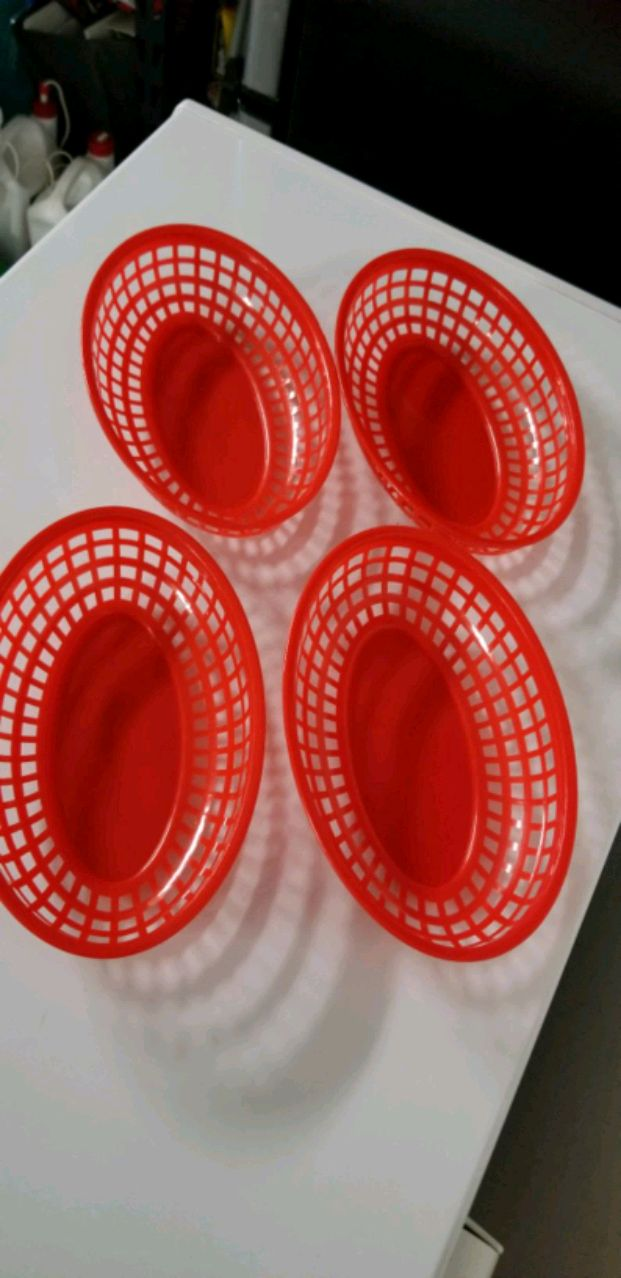 Photo Red Plastic Hot Dog Baskets 4 for $2.5