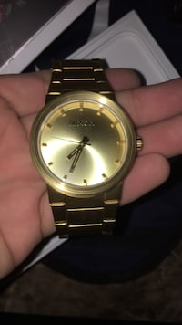 Nixon gold watch Hyattsville, 20782