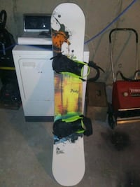 SNOWBOARD & BINDINGS CHEAP Calgary, T2C 2C6