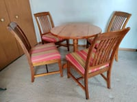 Dining Table (foldable) with 4 chairs  Columbus