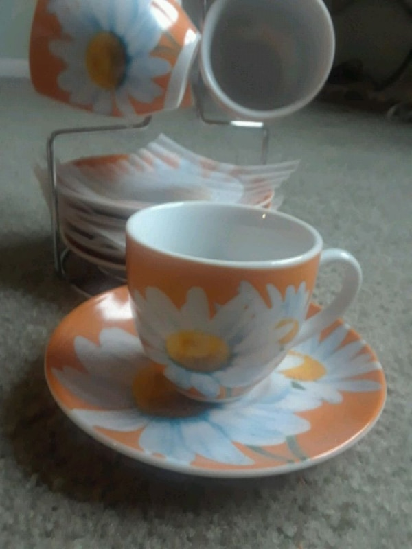 Coffee Mug/plates set
