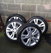chrome 5-spoke auto wheel with tire set Huddersfield