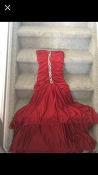 red and gray sleeveless dress Edmonton, T5Y 0M6