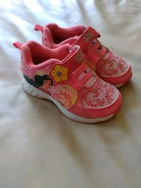 Baby girl shoes size 7 Evansville, 47714