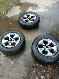 5pc 18in  jeep wrangler wheels and tires. like new wheels no scratches