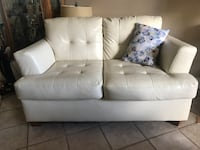 White leather tufted 2-seat sofa and love seat Kenner, 70065