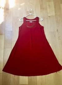 Red CAROL ROSE dress with faux gold necklace attachment  Springfield, 22153