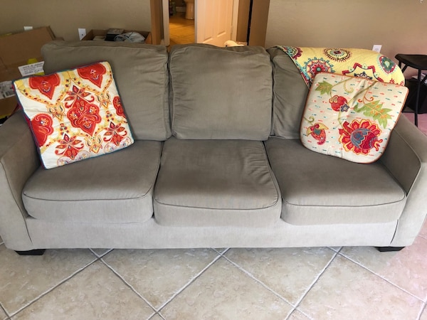 Couch (pillows not included)  993fc456-776e-4277-b5b5-c20160c5348d