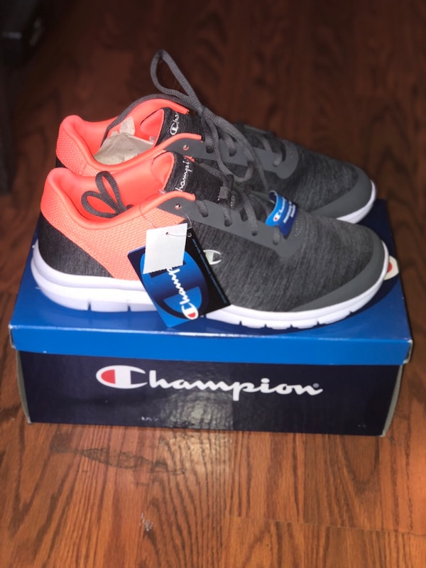 985a967d4cdd Brand new Champion Sneakers Size 11- Brand new with tags- never worn usado  en venta en New York - letgo