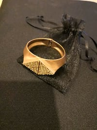Designer cuff gold plated  Arlington, 22201
