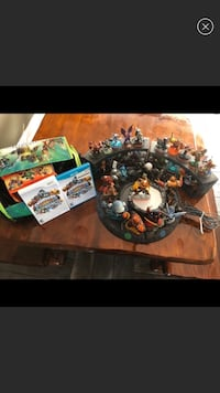 Lot of 37 Skylanders with 2 discs for either WiiU or Wii