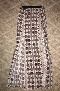 Maxi skirt size small, lightly worn