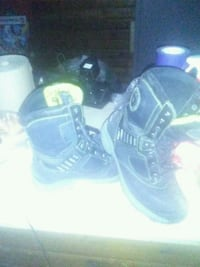 Wind river electric boots size 9