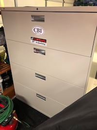 White 4-drawer filing cabinet Pleasanton, 94566