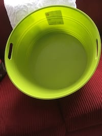 XL lime Green Party bowl Toronto, M8V 3X1