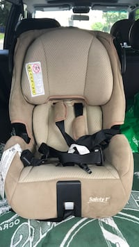 baby's gray and black car seat North Chesterfield, 23235