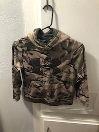gray and black camouflage pullover hoodie Long Beach, 90810