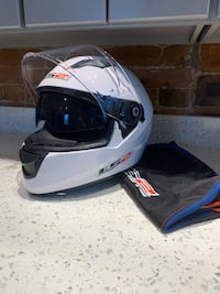 2015 LS2 Model: FF230 Motorcycle Helmet Size XS