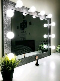 Makeup mirror Arlington Heights
