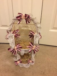 """Straw seat for an 18"""" doll"""