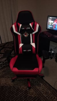 red and black gaming chair Oakville, L6M 0G7