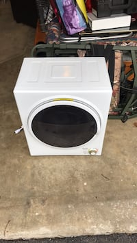 white front-load clothes washer Burtonsville, 20866