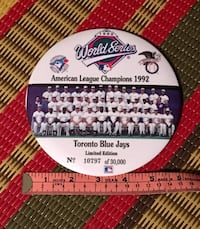 Rare limited edition Blue Jays 1992 giant button pin Toronto, M2M 2A2