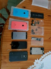 Phones, Screens and replacement parts for Iphones  5695 km