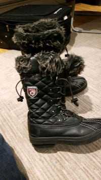 Womens boots size 9 Laval, H7A 0A7