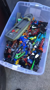 Assorted color plastic toy lot West Covina, 91790