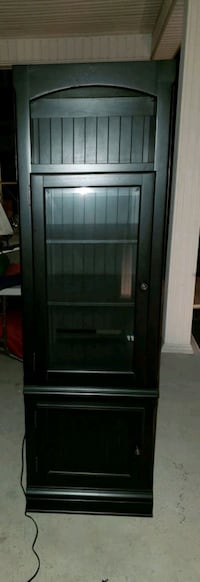 Black cabinet  Charles Town, 25414