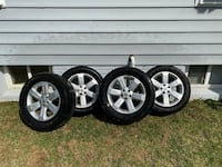 Set of 4x Nissan tires and rims 18 inches 265/60r18 Washington Grove, 20880